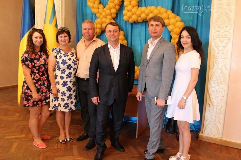 Делегация из Покровска и Мирнограда приняла участие в праздновании 85-летия Донетчины, фото-1