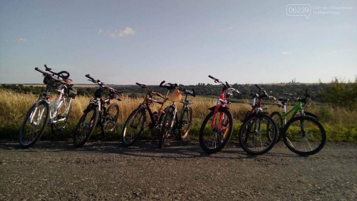 Мирноградские велосипедисты путешествуют по родному краю , фото-1