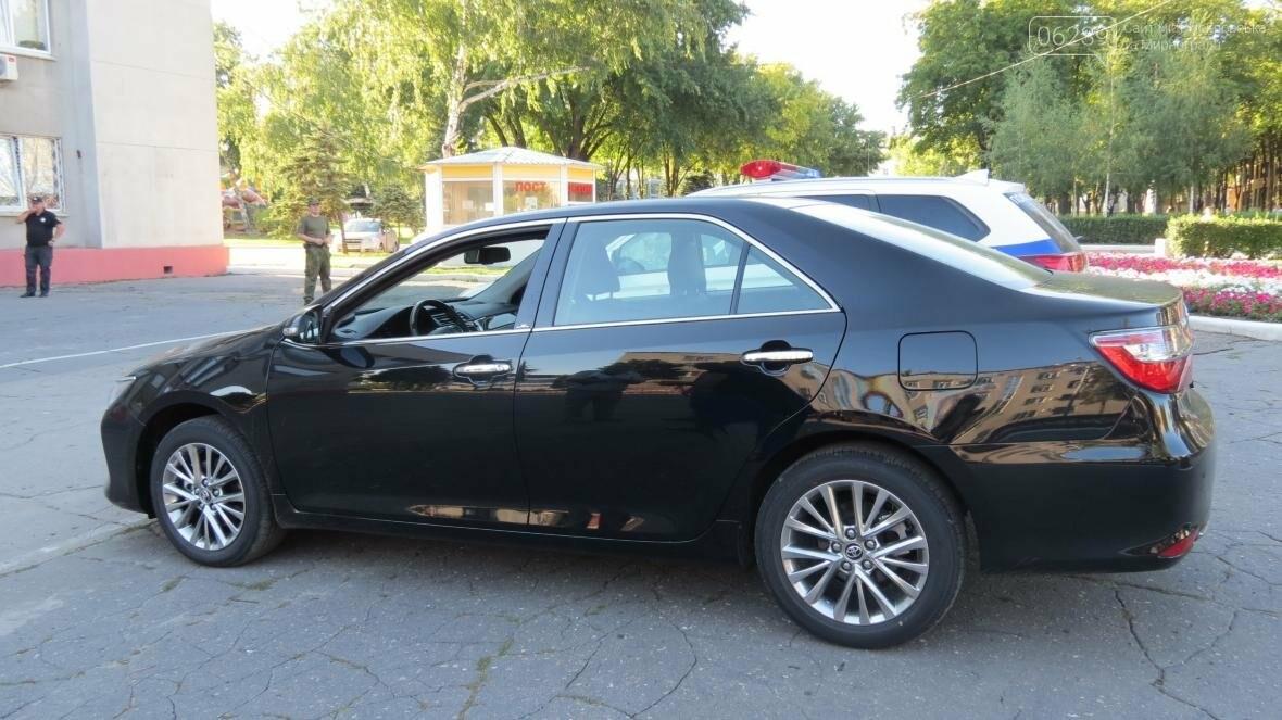 Покровск сделал дорогостоящий подарок полиции Донетчины в виде новенькой «TOYOTA Camry», фото-4