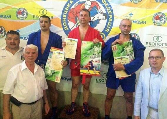 Мэр Покровска Руслан Требушкин занял первое место в турнире ветеранов по самбо, фото-2