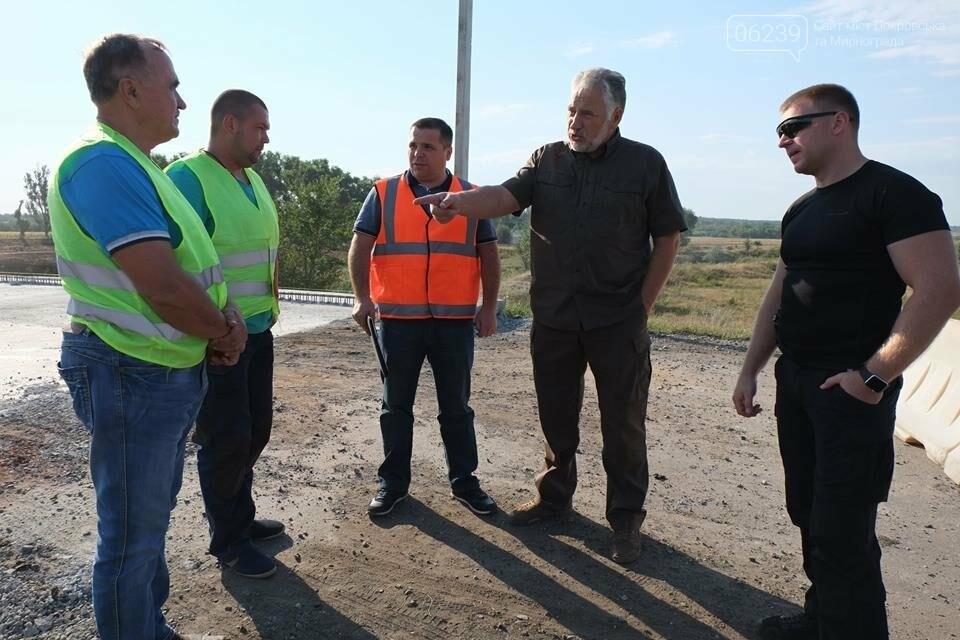 """Жебривский: """"Я ставлю задачу ремонтировать дороги так, чтобы минимум 10 лет не иметь с ними проблем"""", фото-4"""