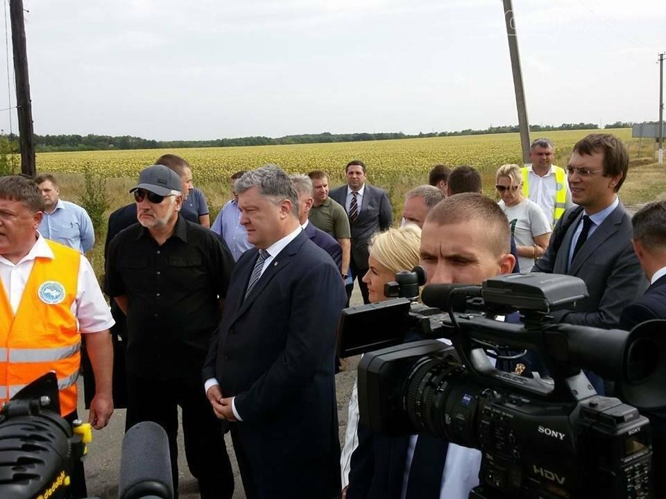 У Донецькій області капітально відремонтують ділянку дороги, яка з'єднує Слов'янськ та Ізюм, - Жебрівський, фото-1
