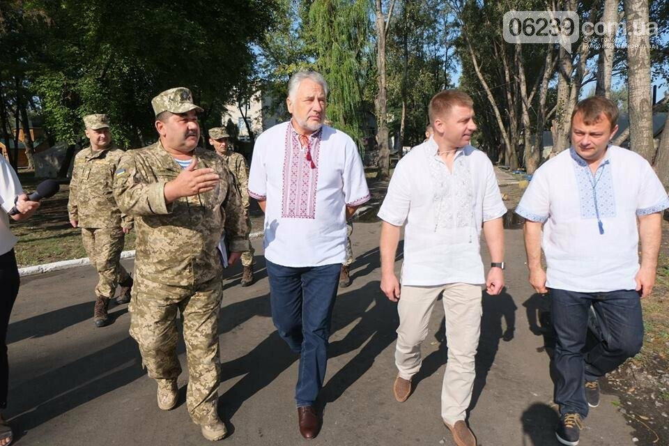 В Покровске Павел Жебривский посетил военный мобильный госпиталь, фото-7
