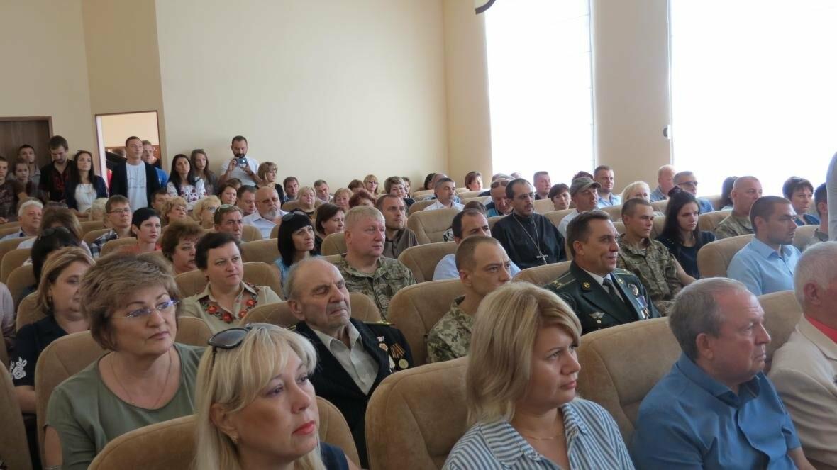 В Покровске прошло торжественное собрание ко Дню Независимости Украины, фото-1