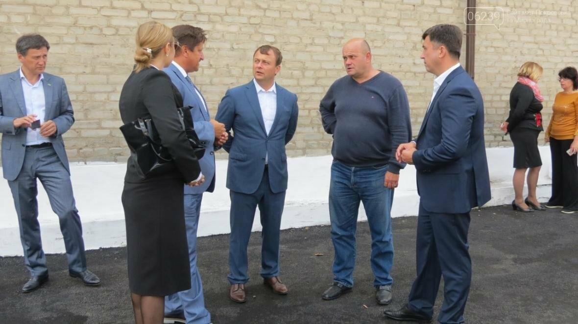 В Покровске в ДонНТУ торжественно открыли новую спортивную площадку , фото-4
