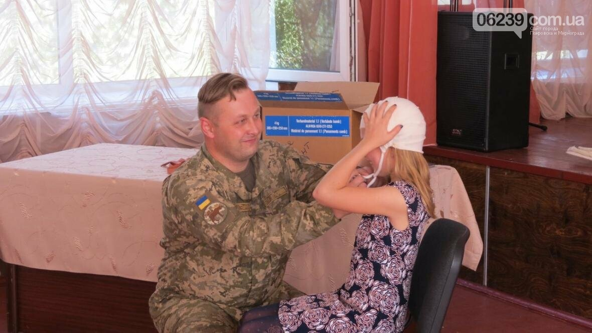 В Покровске военные медики провели интересную лекцию для школьников, фото-6