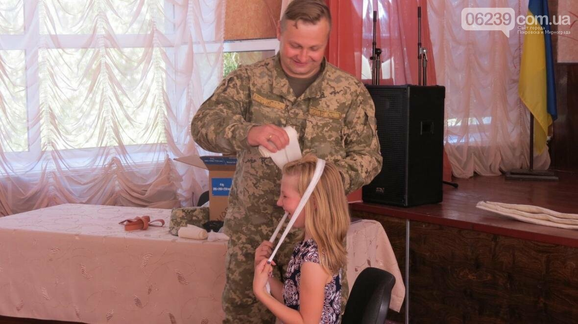В Покровске военные медики провели интересную лекцию для школьников, фото-10