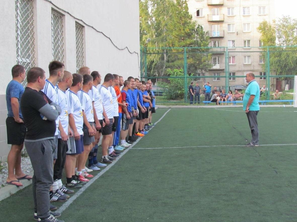 Продолжается покровский турнир по футболу «Лига силовиков», фото-2