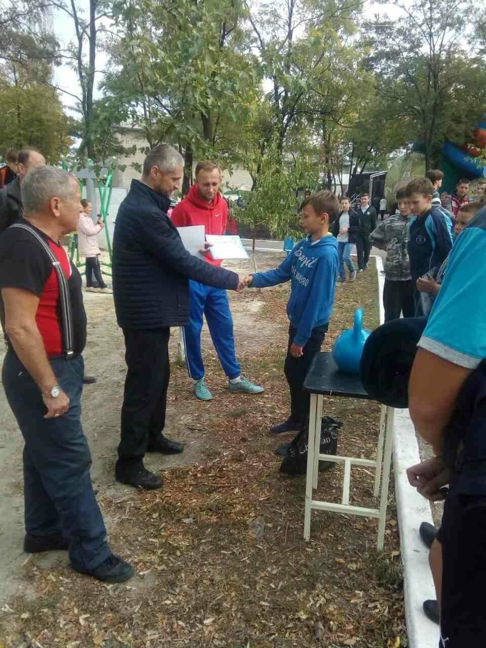 У селищі Шевченко пройшли змагання  з армспорту, гирьового спорту та перетягування канату, фото-3