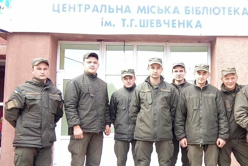 В Покровске гвардейцы 3-й бригады посетили литературное мероприятие «Современные герои Украины», фото-2