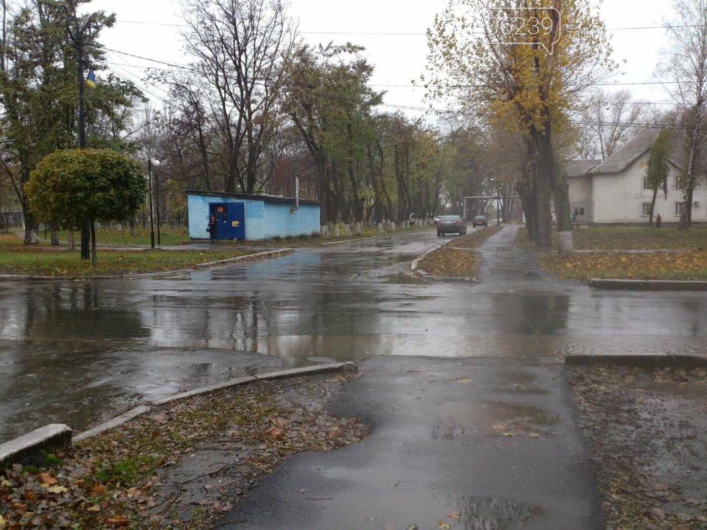 На оживленных перекрестках в поселке динзавода пропали дорожные знаки , фото-2