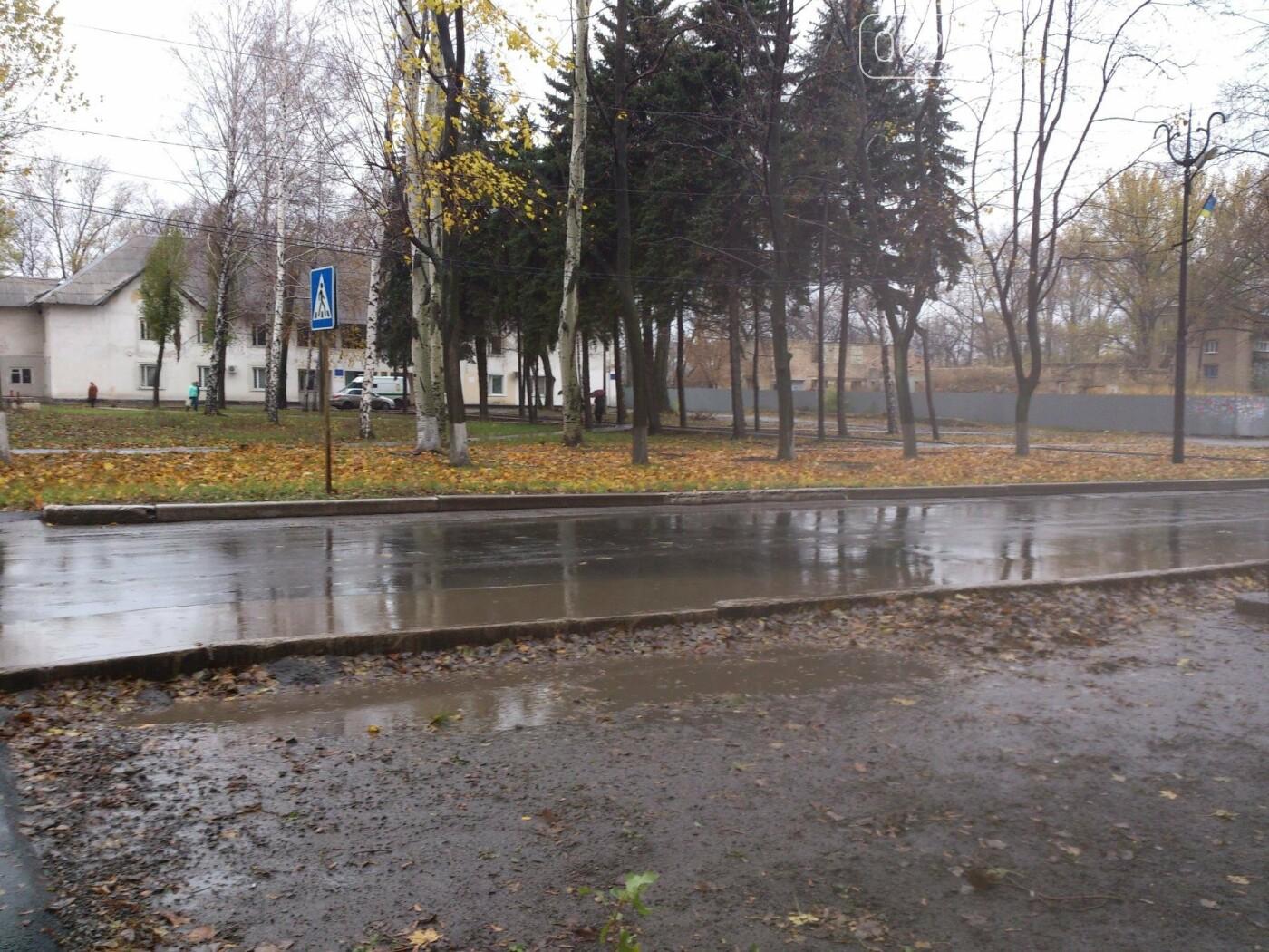 На оживленных перекрестках в поселке динзавода пропали дорожные знаки , фото-1