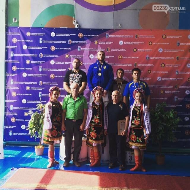 Борец вольного стиля из Мирнограда завоевал бронзовую медаль чемпионата Украины, фото-1