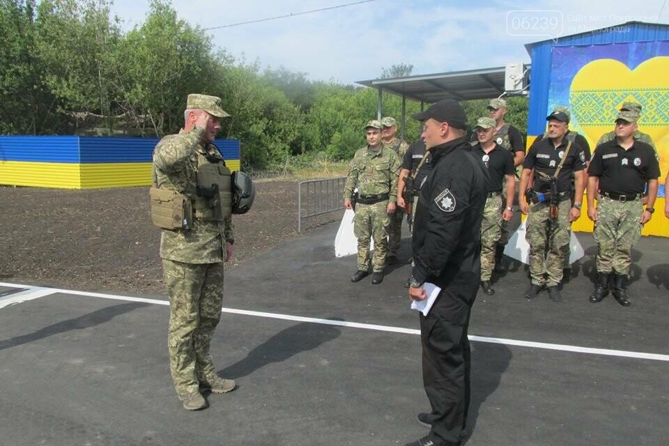 В Покровске при участии руководителя ООС Сергея Наева было открыто после ремонта и обустройства стационарный блок-пост, фото-3