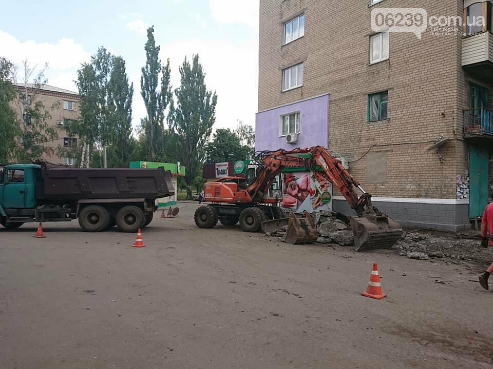 """В Мирнограде ведутся ремонтные работы асфальтового покрытия на микрорайоне """"Западный"""", фото-3"""
