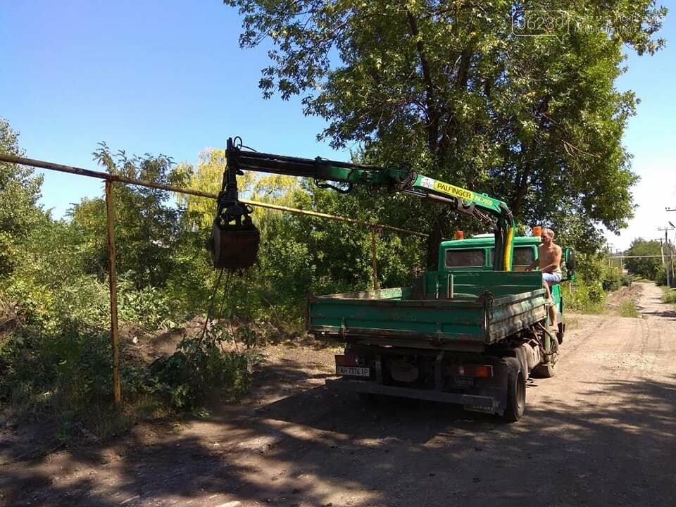 В одном из районов Мирнограда восстановят 600 квадратных метров асфальта, фото-1