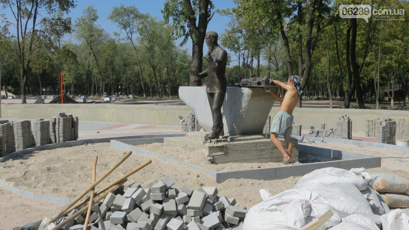 В Покровске устанавливают памятник композитору Николаю Леонтовичу, фото-7