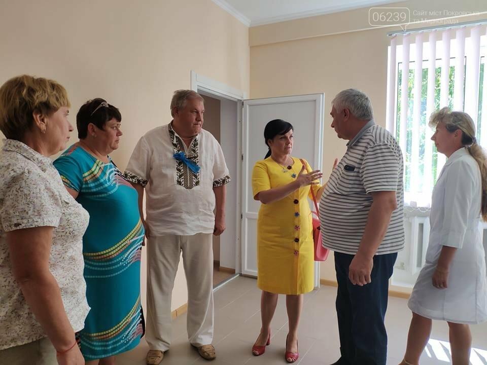 У Покровському районі сьогодні урочисто відкрито відремонтовану лікарську амбулаторію, фото-5