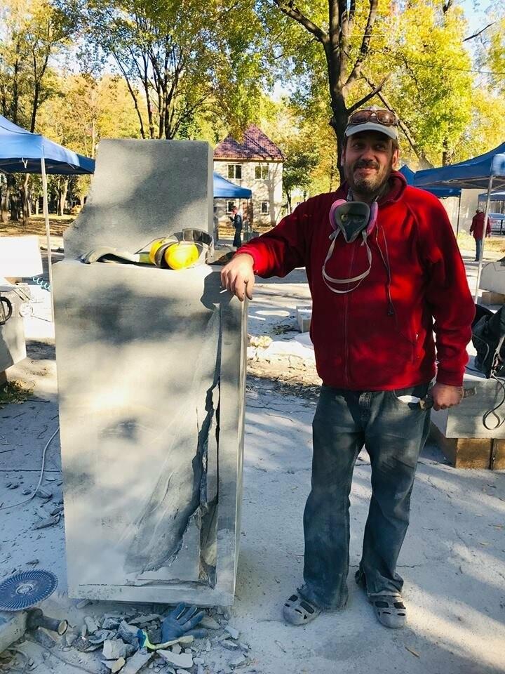Восемь скульпторов из Украины, Беларуси и Греции создают скульптуры для Покровска, фото-2