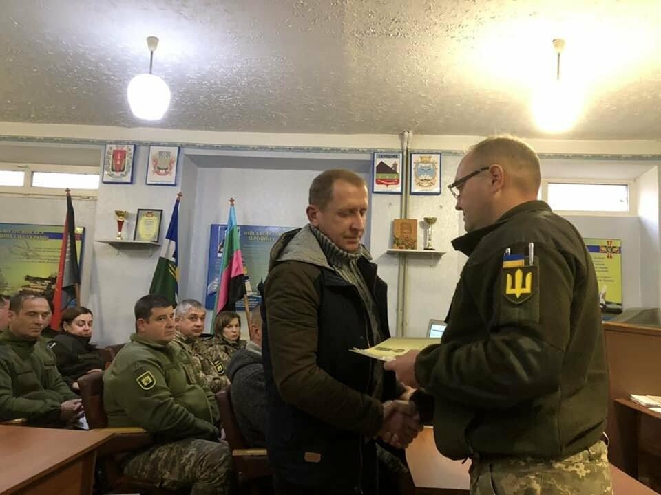 У Покровську відзнаками Президента України нагородили військовослужбовців за участь в АТО, фото-4