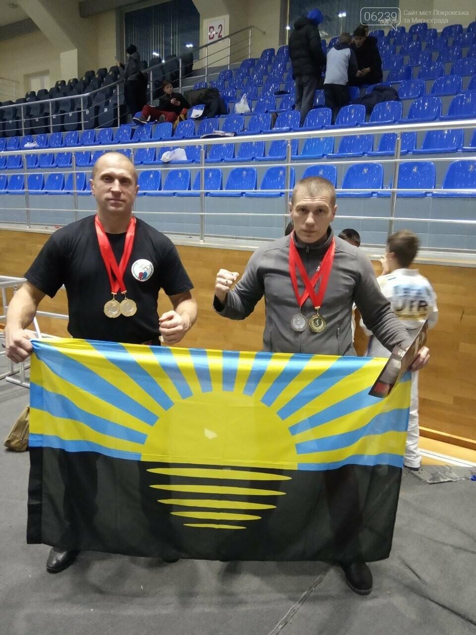 Незнахін Роман з Покровська успішно виступив на Чемпіонаті світу з Козацького двобою, фото-2