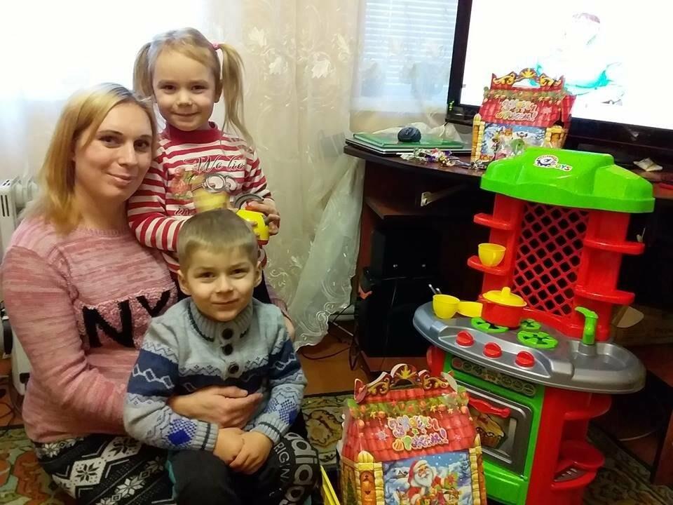 У День Миколая мер Мирнограда відвідав сім'ю загиблого військовослужбовця, фото-4