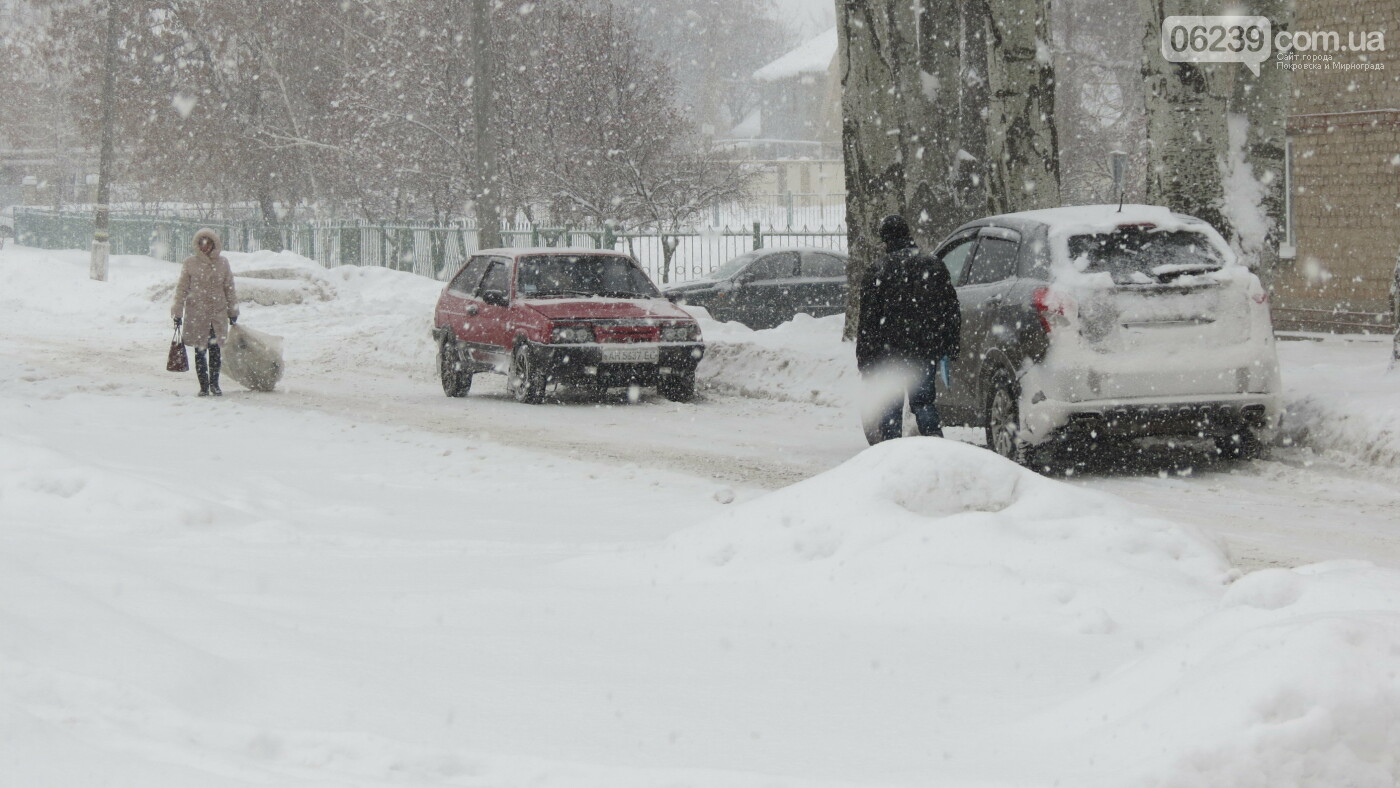 В Покровске с утра снегопад… работают коммунальщики и техника, фото-19