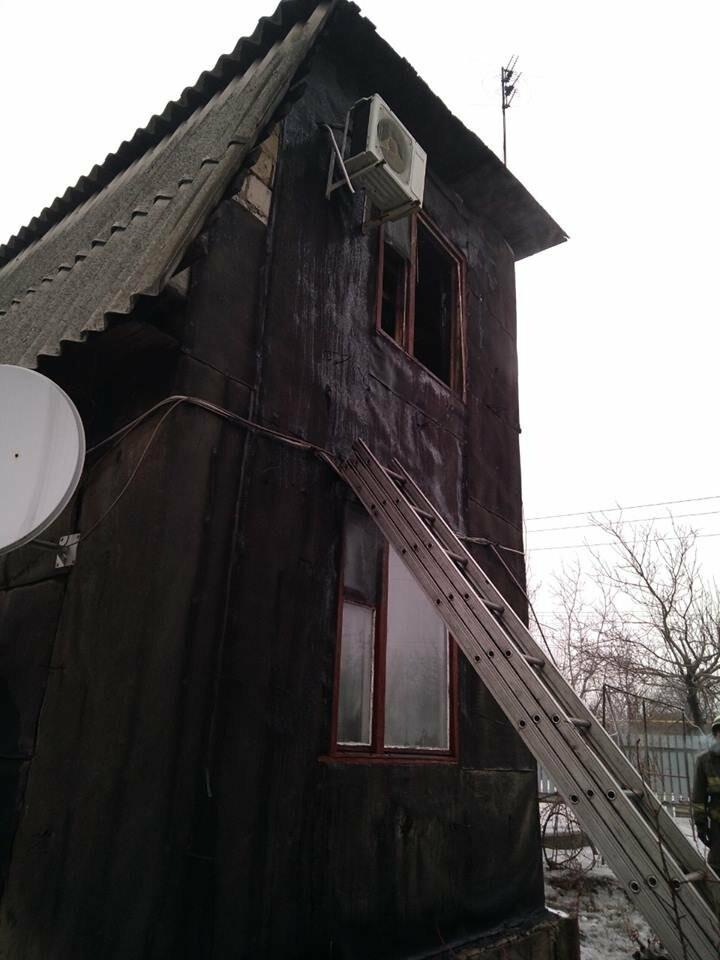 На выходных в Покровске и Мирнограде горели жилые дома, фото-3