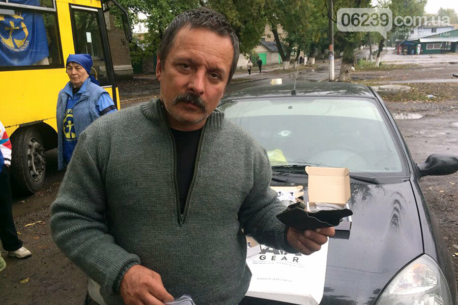 В Родинском вандалы сломали крест на могиле воина АТО, фото-7