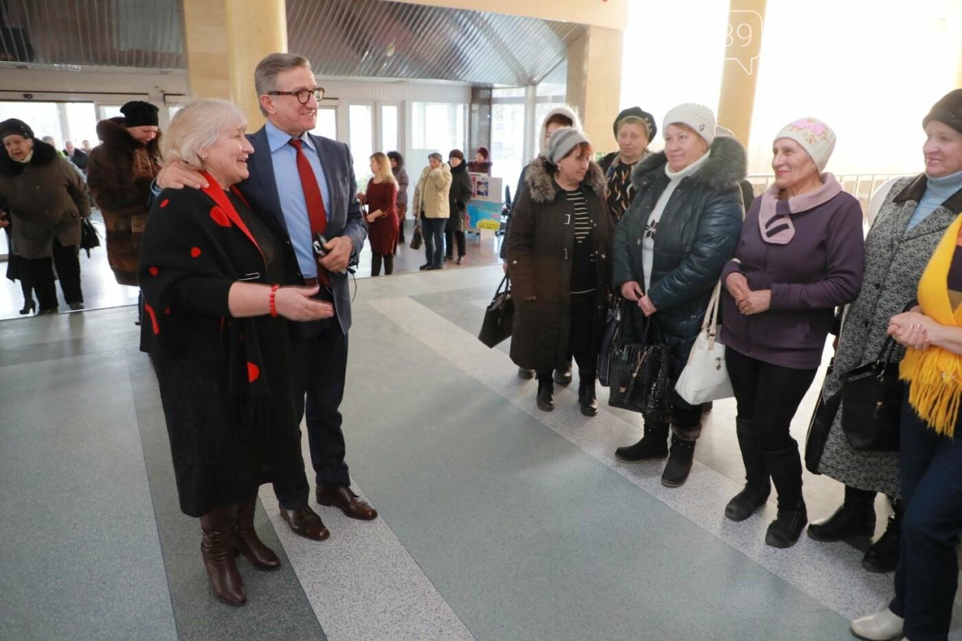 Кандидат на пост Президента Украины Сергей Тарута посетил Покровск, фото-4
