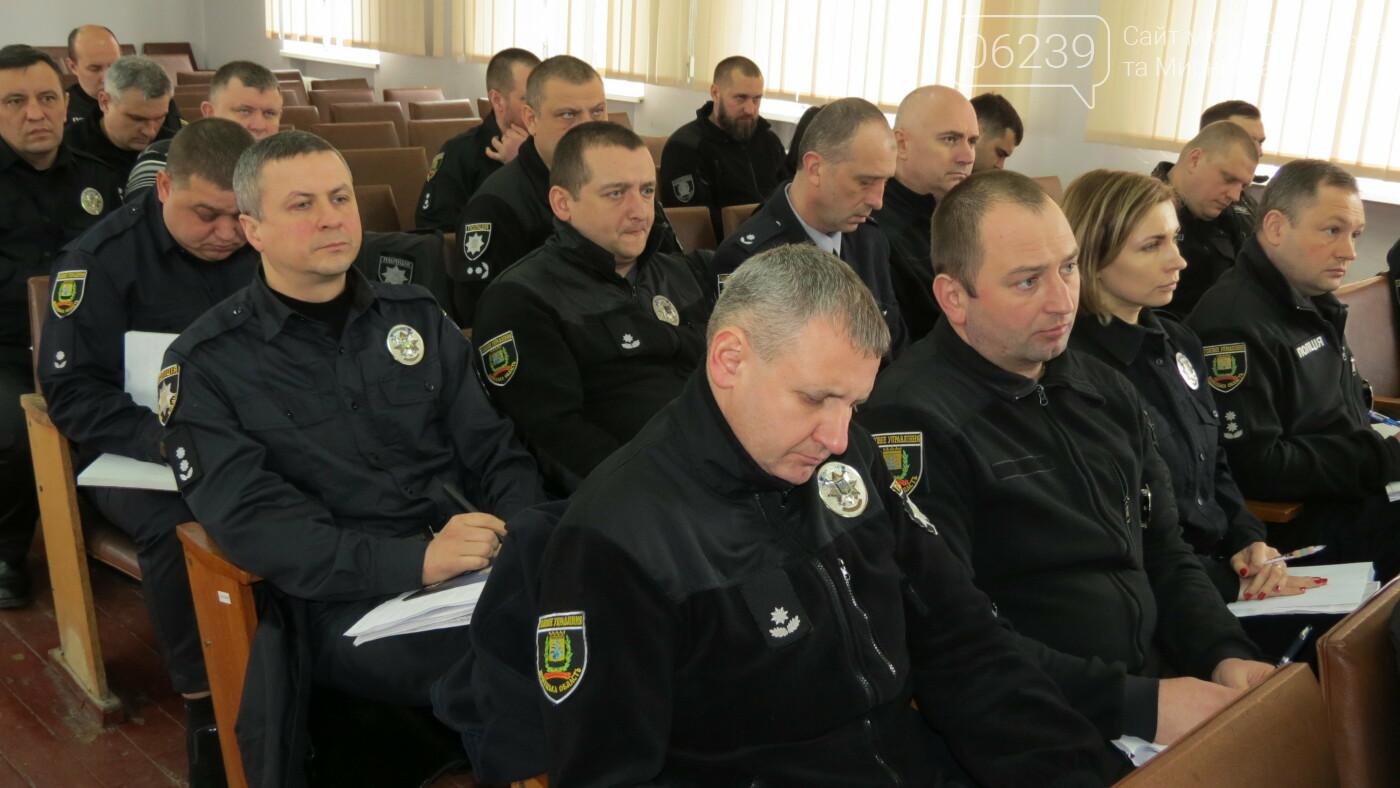 В Покровск прибыл главный полицейский области: планирует встречу с пострадавшей от поджога секретарем горсовета, фото-4