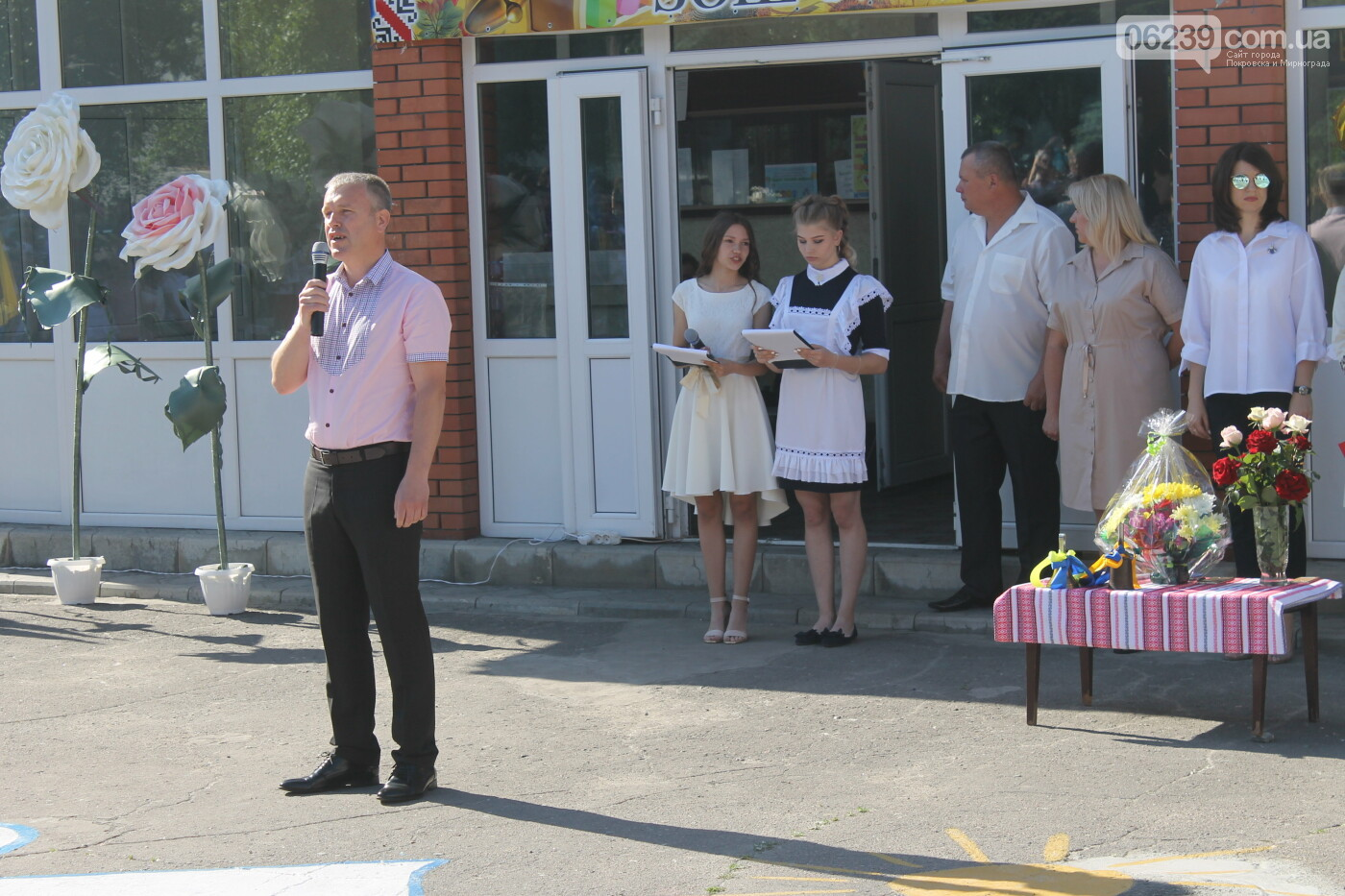 У школах Родинського пролунав останній дзвоник , фото-4