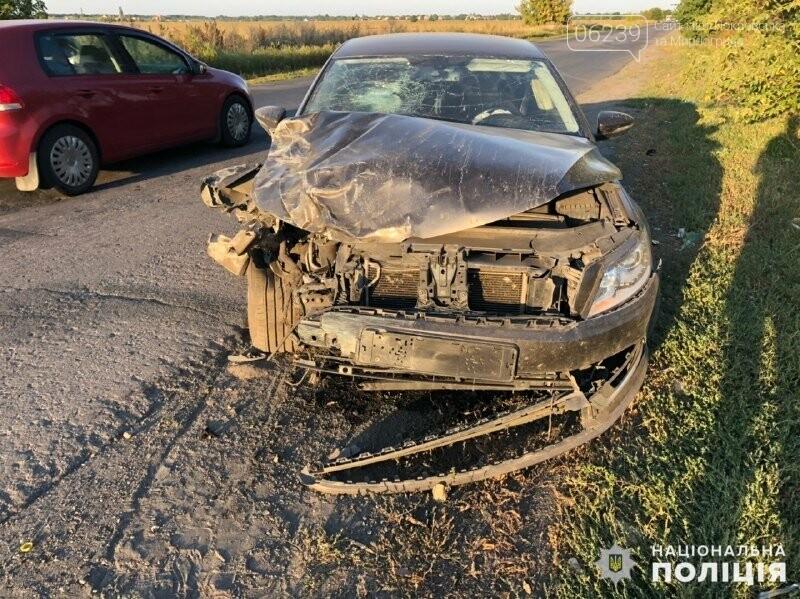 В Покровске столкнулись ВАЗ и Volkswagen: один пострадавший, фото-2