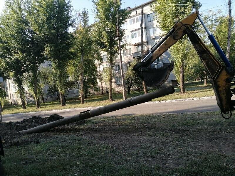 """В Покровске на """"Шахтерском"""" продолжается ремонт теплотрассы, фото-3"""