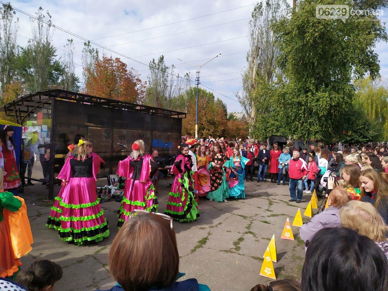 На выходных в Мирнограде состоялся яркий и масштабный праздник «Мирноградская осень» - фотоотчет , фото-9