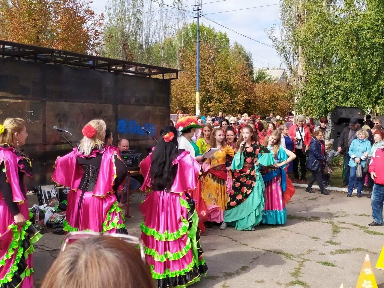 На выходных в Мирнограде состоялся яркий и масштабный праздник «Мирноградская осень» - фотоотчет , фото-10