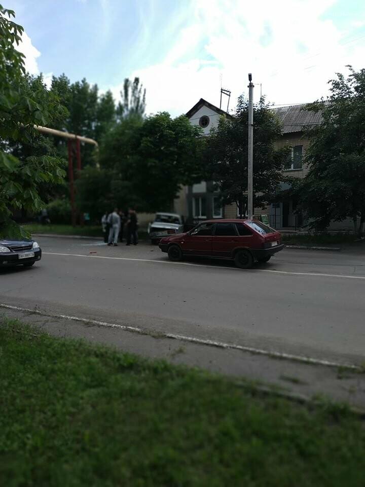 В Мирнограде на главной улице города произошло двойное ДТП, фото-2