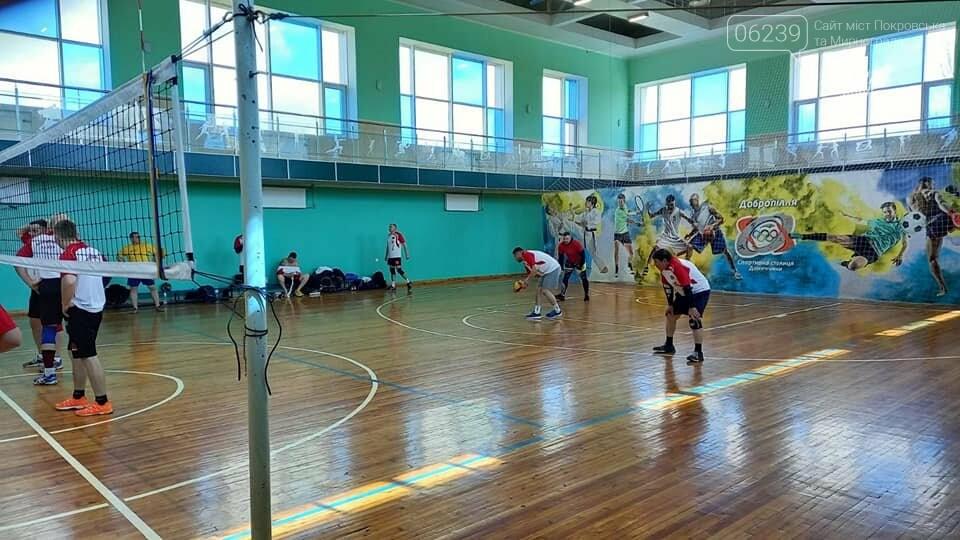 Учасники спартакіади гідно представили Покровський район на змаганнях серед депутатів, фото-2