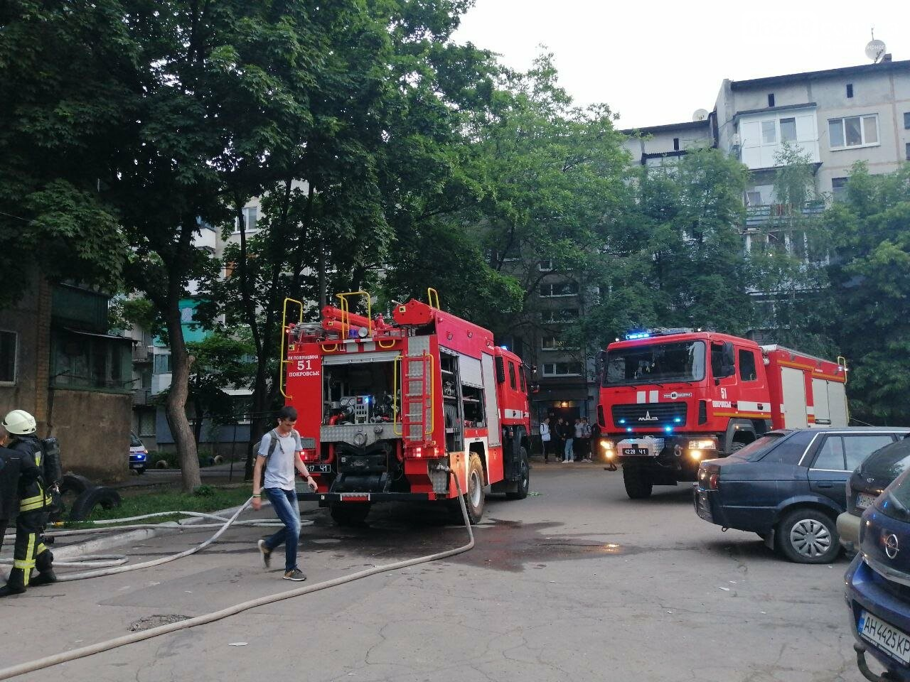 Вчера в Покровске горел балкон в пятиэтажке, фото-6