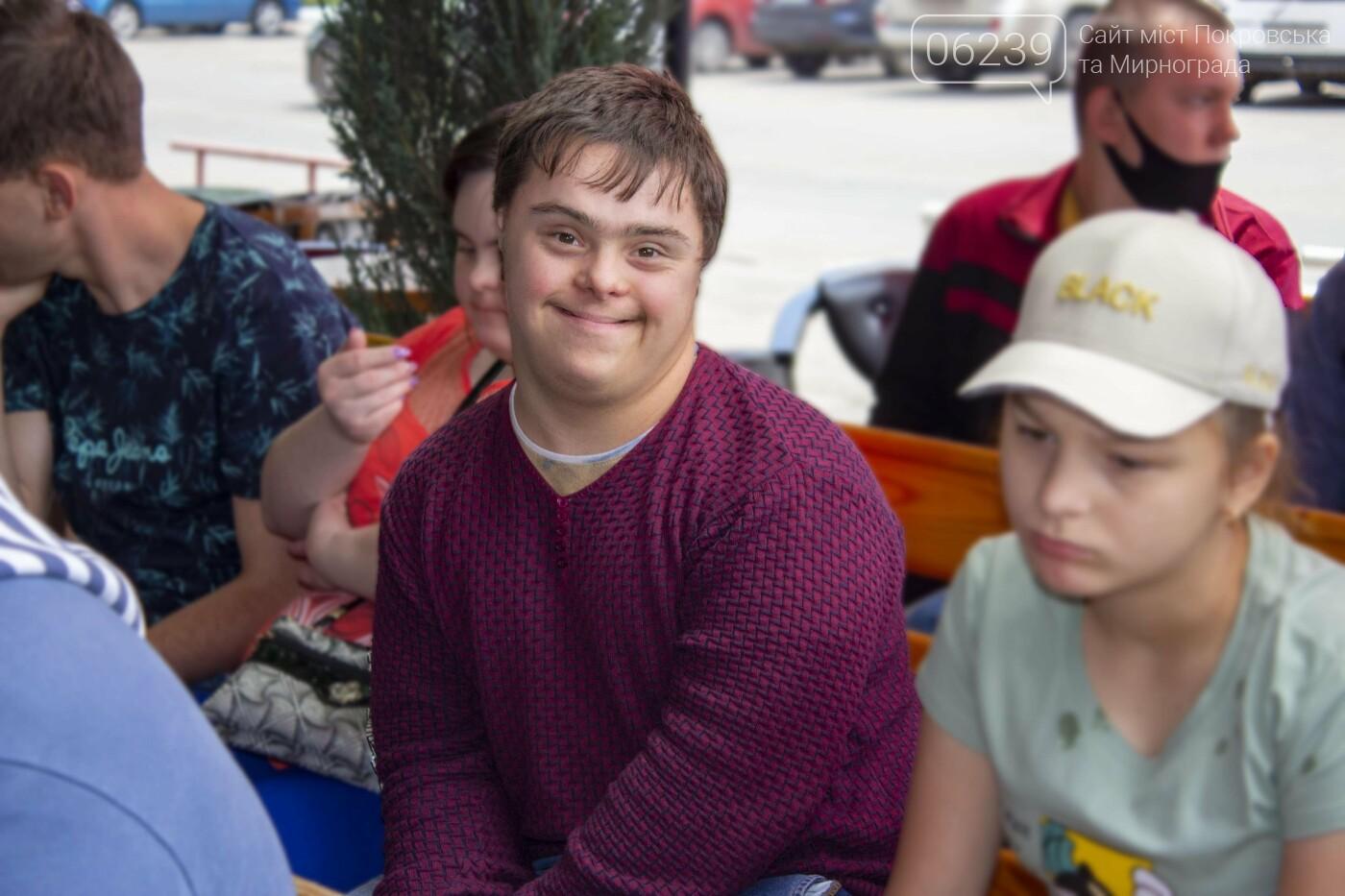 В Покровске прошла благотворительная акция для детей с инвалидностью, - ФОТО, фото-7