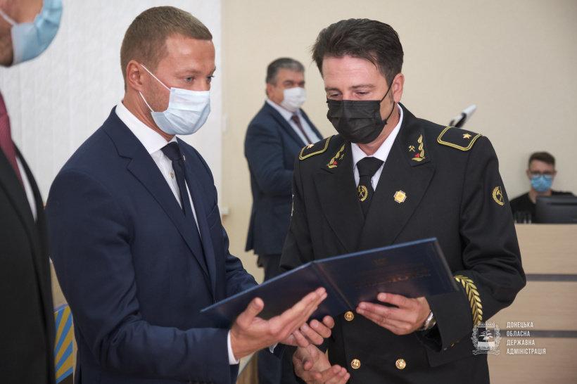 Депутат от «Слуги Народа» добился награждения 30 шахтеров к профессиональному празднику, фото-2
