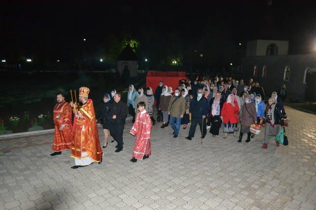 В светлый праздник Пасхи в храмах Покровска прошли праздничные богослужения, фото-8